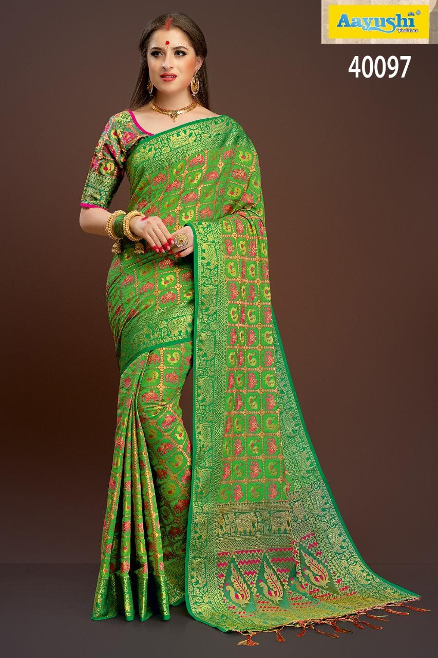 Aayushi Haute Couture 40097